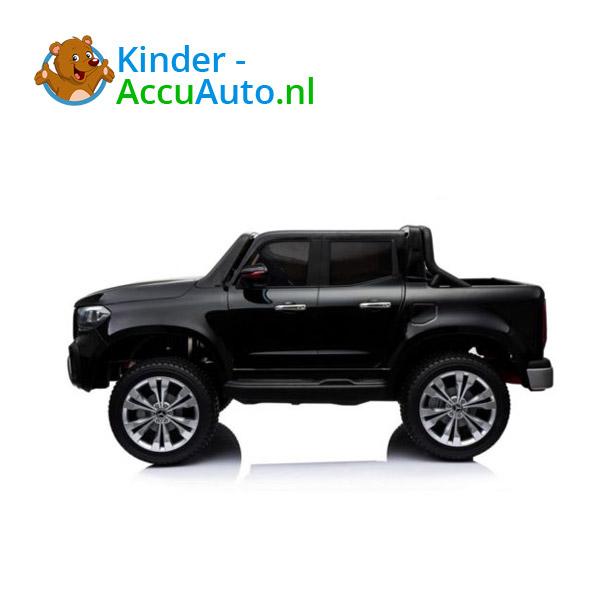 Mercedes X-class Zwart Kinderauto 2 persoons 4WD 5