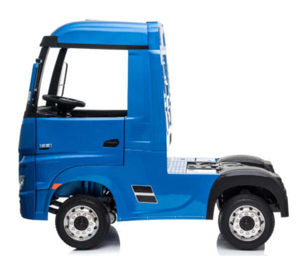 Elektrische kinder vrachtwagen mercedes actros blauw 4